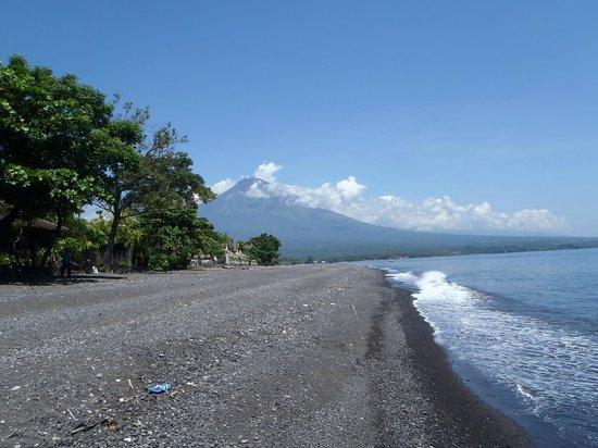 Hotel Amed Cafe : vue de la plage
