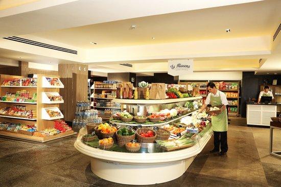 Sea Garden Nuevo Vallarta: Gourmet Market   La Alacena Groceries