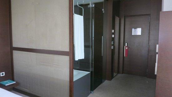 Silken Diagonal Barcelona: entrée chambre