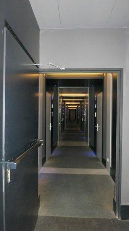 Silken Diagonal Barcelona: couloir