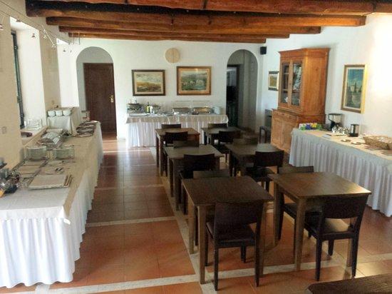 Villa Acquaviva : sala interna per la prima colazione