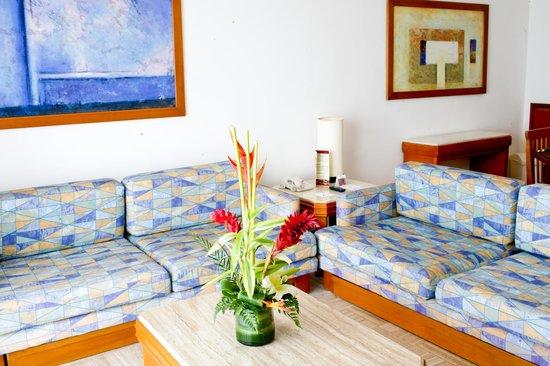 Sea Garden Nuevo Vallarta: Sea Garden Living Room