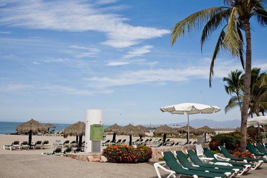 Sea Garden Nuevo Vallarta: Sea Garden Pool and Beach