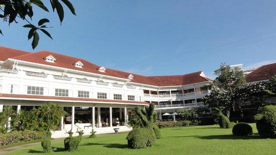 Centara Grand Beach Resort & Villas Hua Hin: Haupthaus