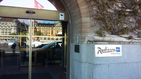 Radisson Collection Strand Hotel, Stockholm: Front Entry