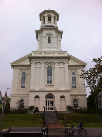 Provincetown Library: Front