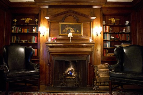 Library Fireplace - Picture of The Club at Hillbrook, Chagrin ...