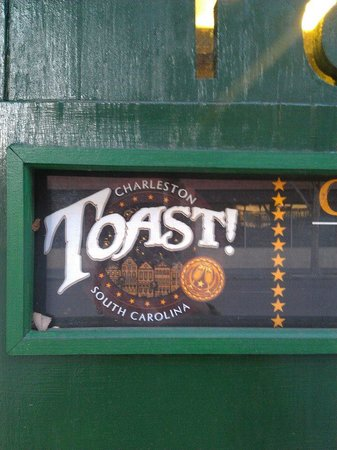 Toast Restaurant: Toast sign