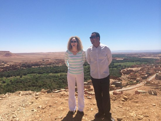 Morocco Key Travel : me and Ibrahim at a roadside viewpoint