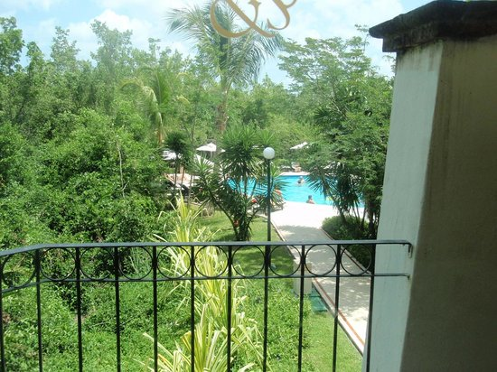 Occidental Cozumel: Relaxing Pool from our room