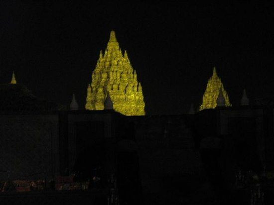 Temple de Prambanan : From the theatre before the Ramayana Ballet performance