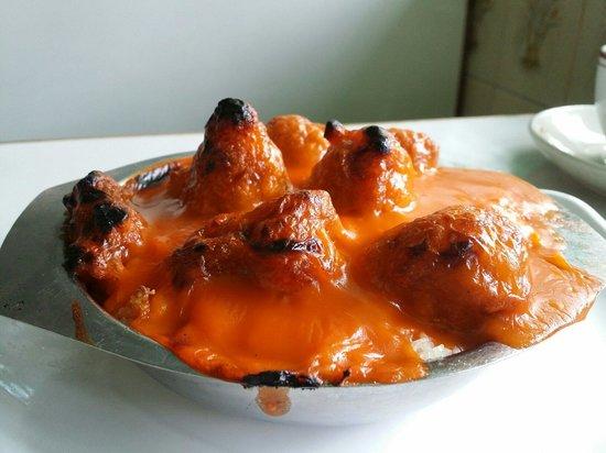 Mido Cafe: Baked tomato pork ribs. Prepare to wait 20 mins.