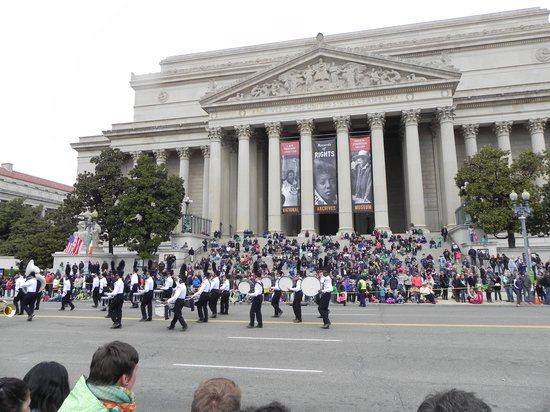 The National Archives Museum: US National Archives-day of St. Patricks parade