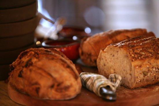 adama bistro: Homemade bread
