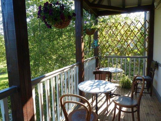 La Belle Epoque : One end of the balcony
