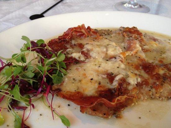 Monte Carlo Restaurant, Bar and Grill: Veal Saltimboca with Parma ham & Mozzarela