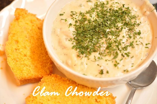 Babe's Bakery : Clam chowder