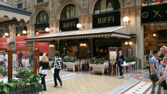 Biffi: Ideal location for those who wish to people watch.