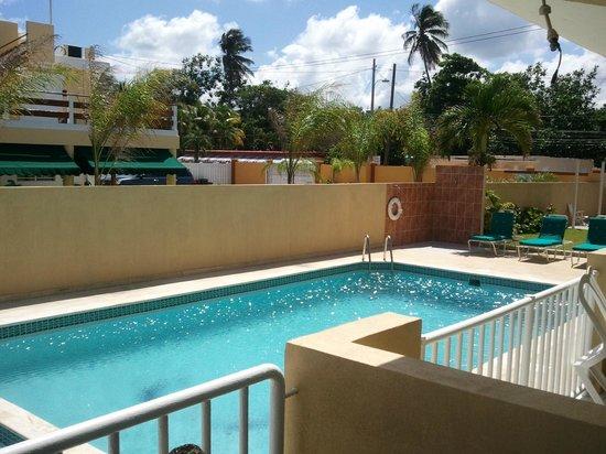 Hotel Yunque Mar: pool view