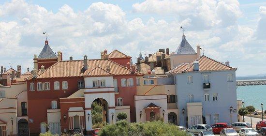 Apartamentos Puerto Sherry: Vistas exterior