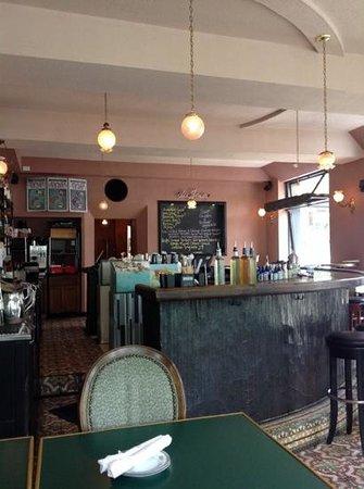 De Mun Oyster Bar: the bar and menu board
