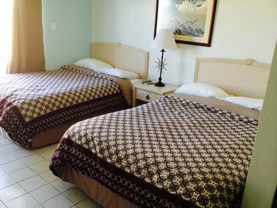Hotel Yunque Mar: two double beds