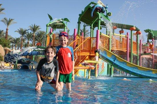 SENTIDO Reef Oasis Senses Resort: water park
