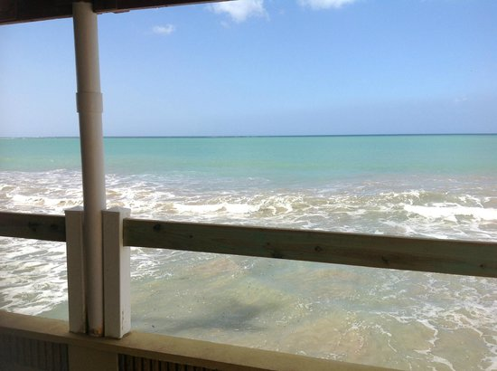 Hotel Yunque Mar: Enjoy breakfast ocean front