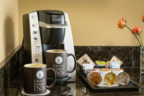 Grand Harbor Inn: Personal Keurig Coffee & Tea Brewing Machines
