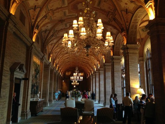 The Breakers: The Lobby
