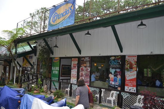 Dencio's Bar and Grill: gut