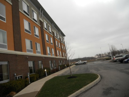 Cambria hotel & suites Columbus - Polaris: Cambria Suites Columbus Ohio