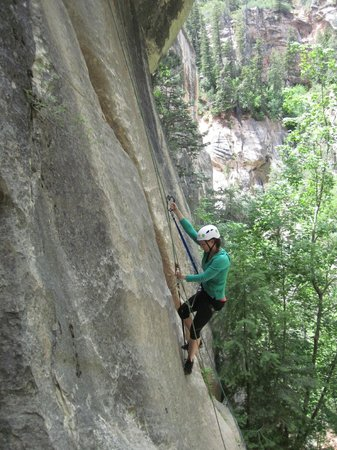 Zion Adventure Company: Climbing back out