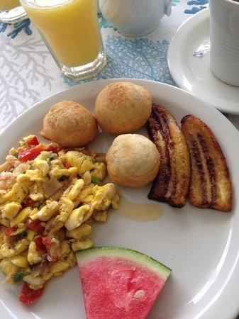 Sunset Resort & Villas : Breakfast