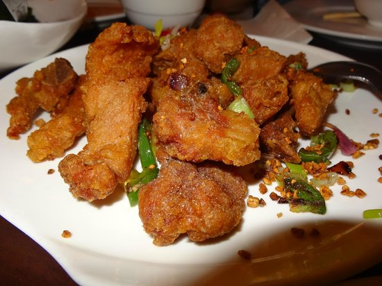 Ming's Restaurant: salt  pepper pork