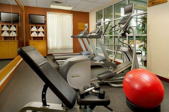 Hilton Garden Inn Atlanta NW / Kennesaw Town Center : Fitness Center