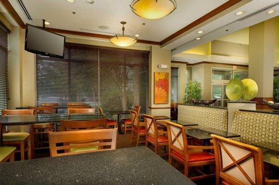 Hilton Garden Inn Atlanta NW / Kennesaw Town Center : Public Area