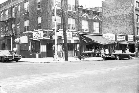 Three Brothers Italian Restaurant : The Oringal Three Brothers Pizza, 13th Ave. & 56th St. Boro Park, Brooklyn, New York 1976