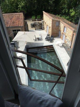 NE5T Hotel & Spa : View of pool