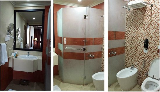Mangrove Hotel by Bin Majid Hotels & Resort: Bathroom