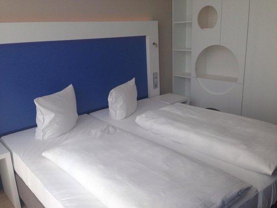 H2 Hotel Muenchen Messe : Hotelzimmer :)
