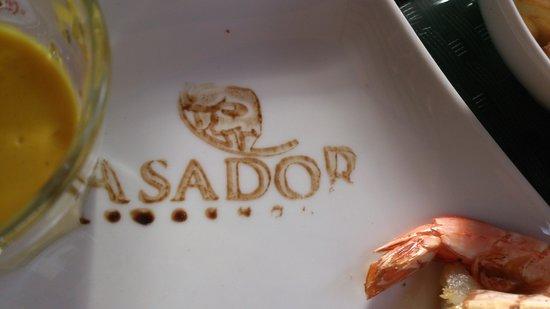 Steakhouse ASADOR: schönes Detail (Balsamico-Schriftzug)