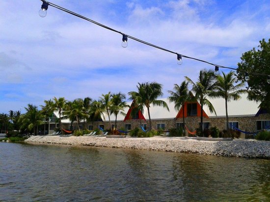 Ibis Bay Beach Resort: View from dock of beachfront rooms