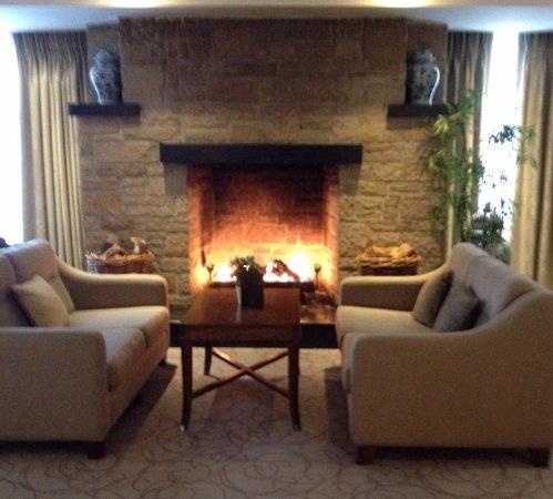 Newpark Hotel: The lobby.
