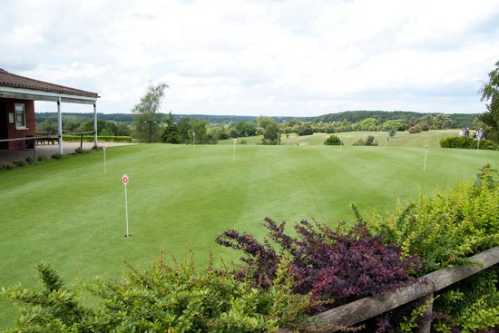 Wensum Valley Hotel Golf and Country Club: Putting Green