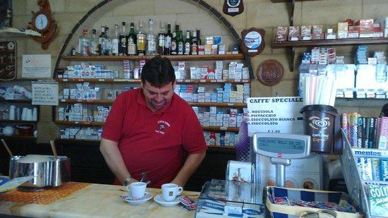 Bar du Marinaru : Il locale all'interno