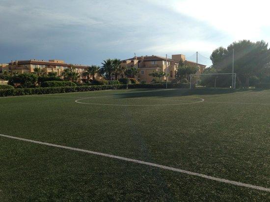 Holiday Village Menorca: Football pitch