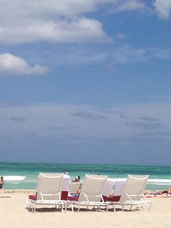 The Betsy - South Beach : Cadeiras de praia do hotel!