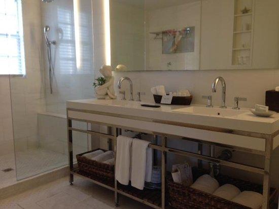 The Betsy - South Beach: Banheiro!