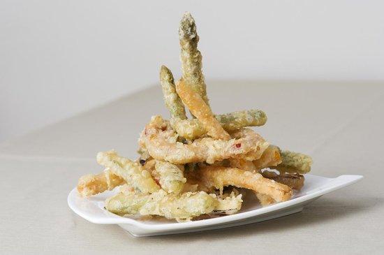 Familia y amigos: Verdurita en tempura. Cocina tradicional Alicante.
